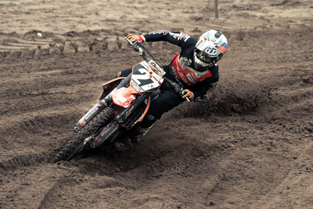 HOW TO IMPROVE FASTER IN MOTOCROSS